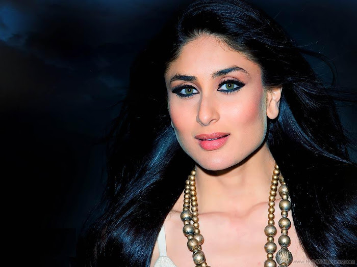 Kareena Kapoor Hot HD Wallpaper- 08