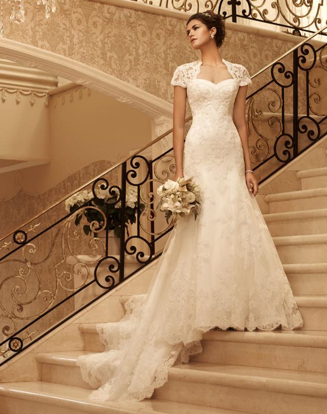 جمالك فاق الوصف lace-wedding-dress-c