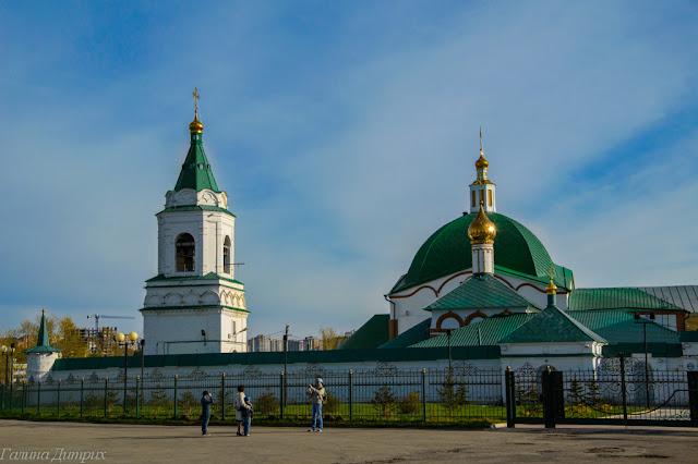 Путешествия: О жизни: Храм в Старом городе Чебоксары