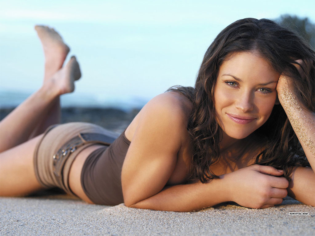 Evangeline Lilly Hot