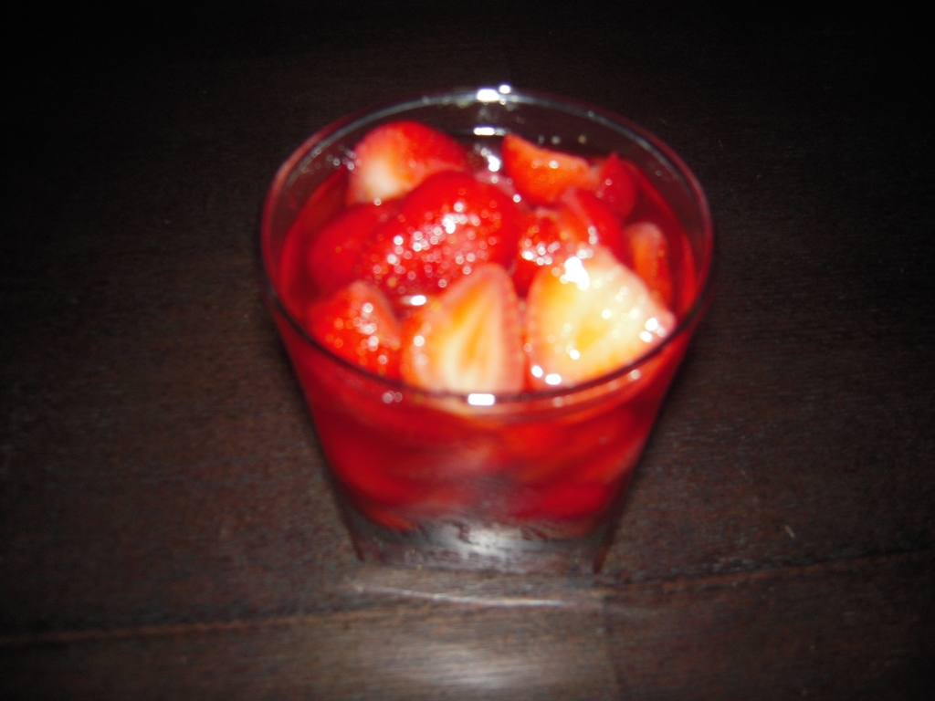 dolores lolita 越南14 How about some sweet and sour strawberry dessert for late summer? :)
