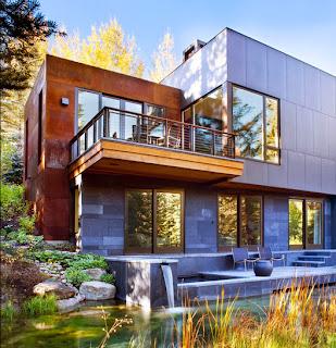 Casa de lujo ubicado en montaña con pileta