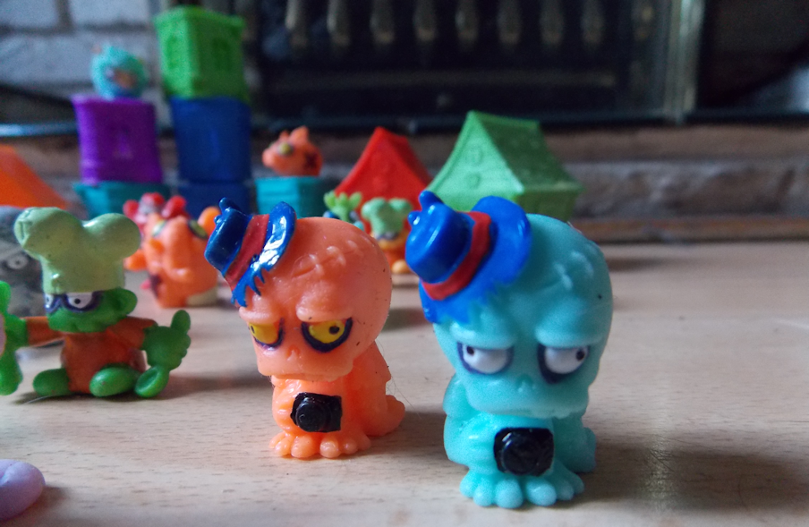 zombie little mini figures