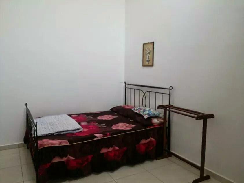 bilik 2_air cond+ kipas