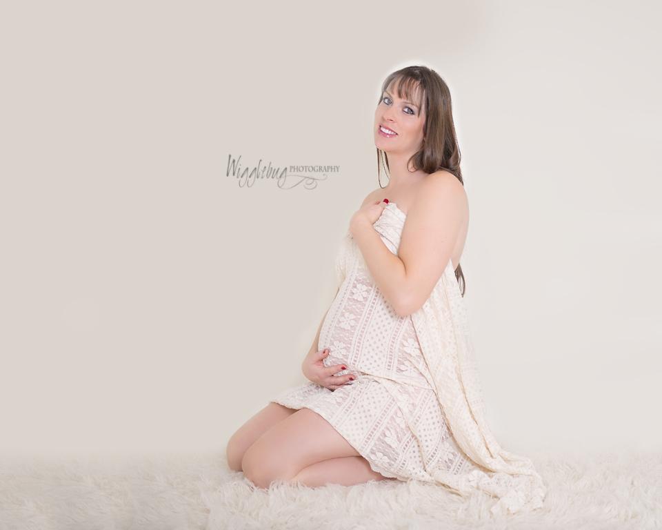 Sycamore, Geneva, DeKalb, IL Maternity Photographer, Studio Maternity Photos