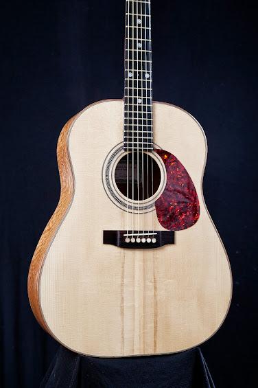 Chitarra+modello+Gibson+J-45%252C+tavola+di+Abete+Rosso.jpg