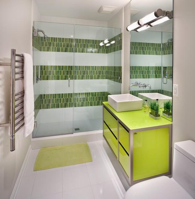 29 Disenos Banos Visitas Elegantes 21: Hogares Frescos: 21 Baños Elegantes Decorados Con Azulejos Con Patrones A Rayas