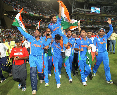 http://3.bp.blogspot.com/-NTNlRS_en0I/TZeVryeOnpI/AAAAAAAAGdE/NoG-u-qTCJ0/s400/INDIA%25252525252527s-2011-CWC-Final-Winning-Moment-Photos-15.jpg