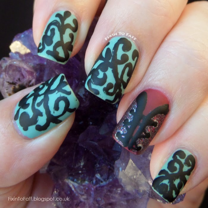 Freehand jacquard print and corset accent nail art