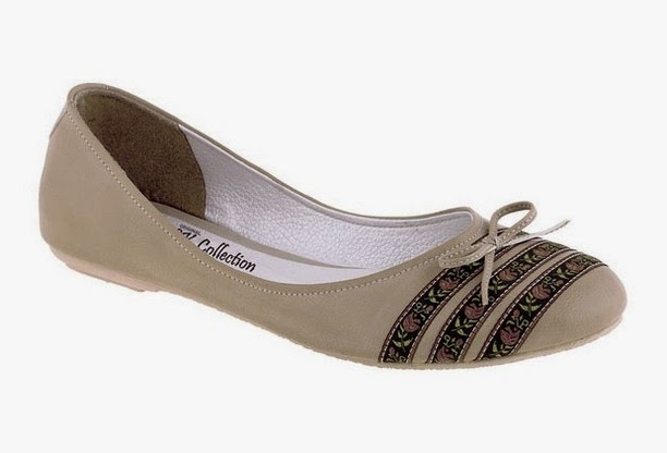 Sepatu Flat Tan Flower