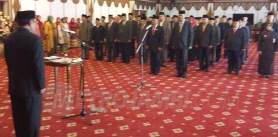 Ambo Tuo dan Fauzi Syam Bertukar Posisi, Pj Gubernur Lantik 60 Pejabat