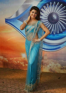 Actress Jacqueline Fernandez Pictureso in Blue Saree at Roy Movie Promotions On The Sets Of Bigg Boss Season 8  4.JPG