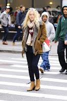 Dakota Fanning crossing the street