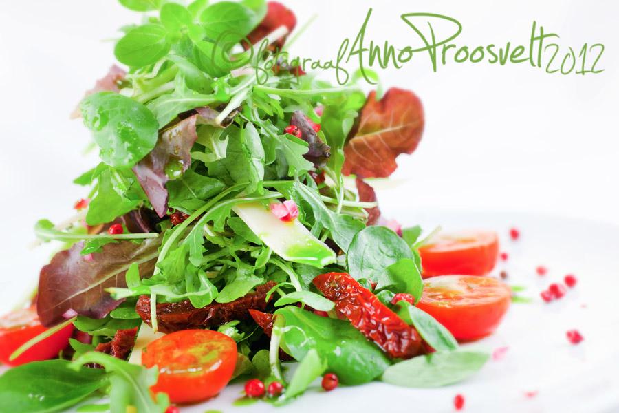 salat-värske-tomat