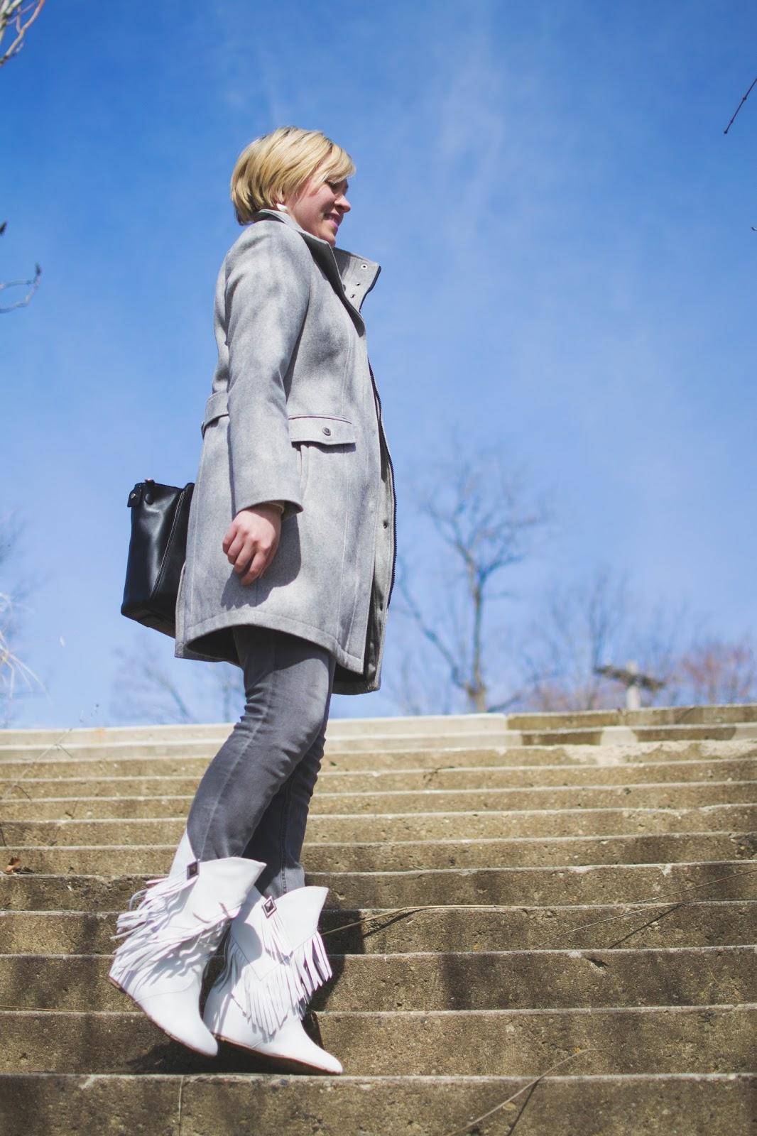 white fringe boots