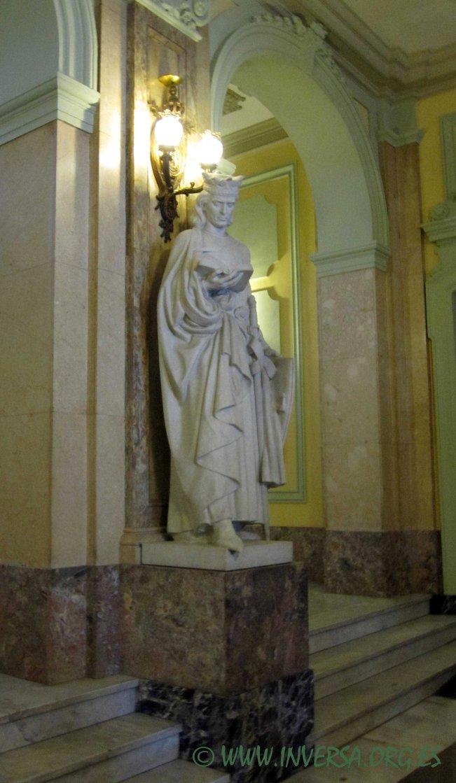 13.-Escultura de Alfonso X el Sabio, Lorenzo Coullaut Valera