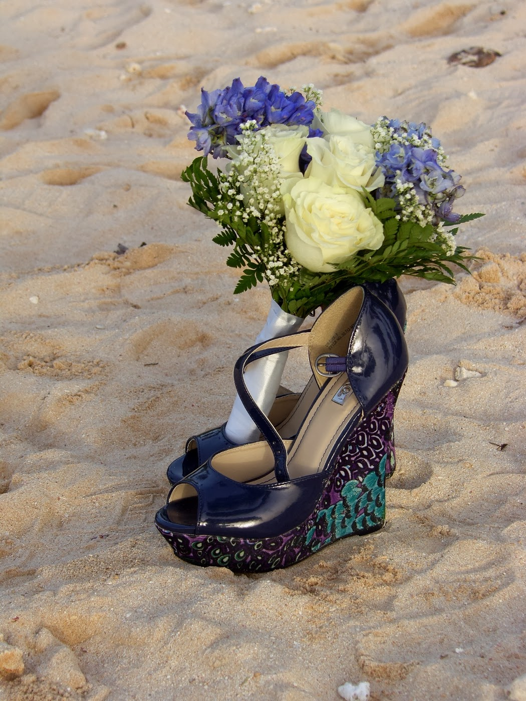 Beach wedding ideas - Wedge wedding shoes