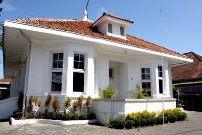 rumah gaya eropa classic european style home coretan