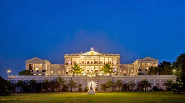Falaknuma Palace Is One Of The Finest Luxury Hotels In Hyderabad,  Telangana, India. It Belonged To Paigah Hyderabad State, And It Was Later  Owned By The ...