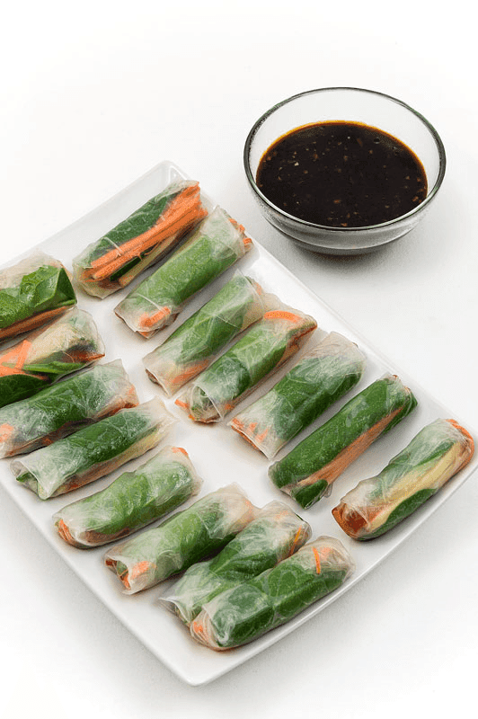 Vegan spring rolls with garlic sauce front