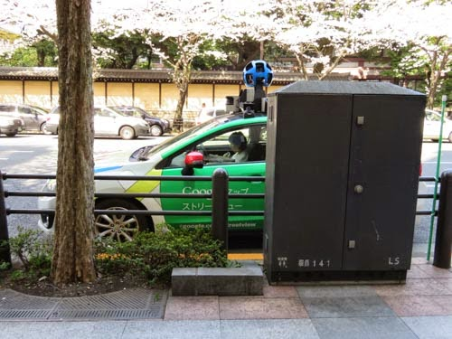 Googleマップの撮影車02