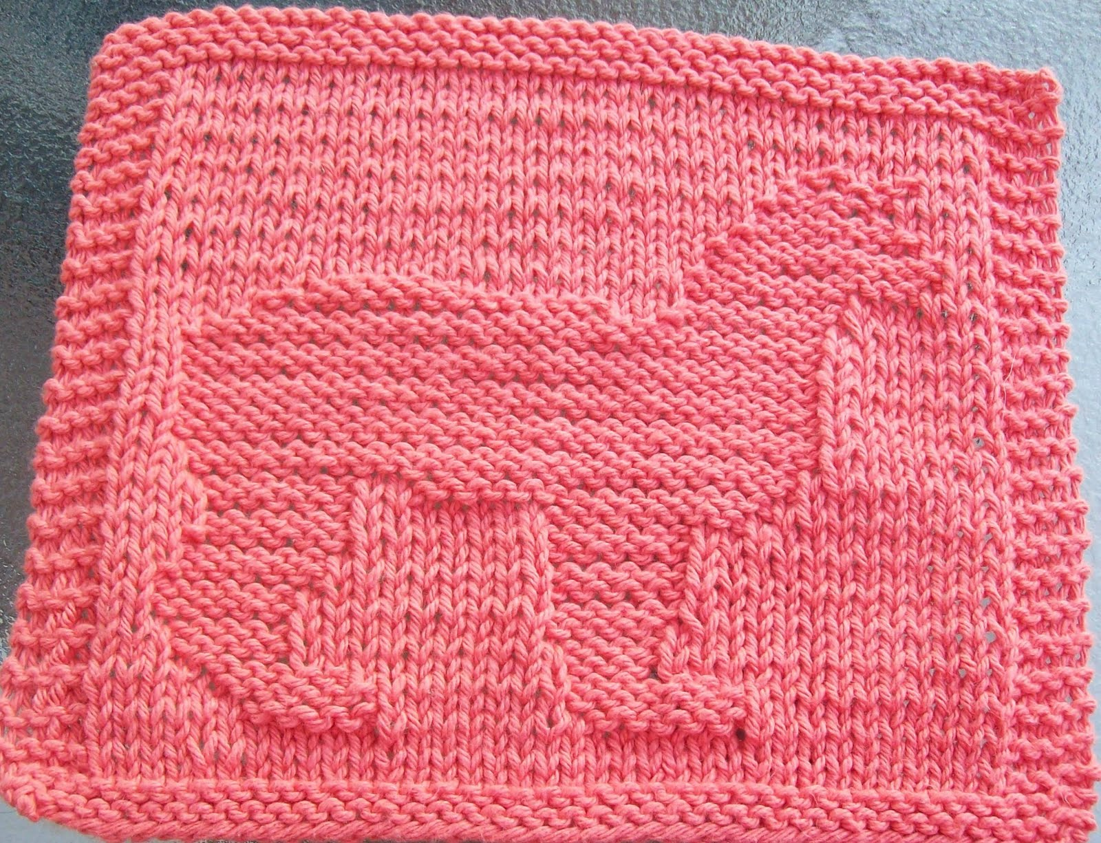 Alpaca Wool Knitting Patterns : DigKnitty Designs: Alpaca Knit Dishcloth Pattern