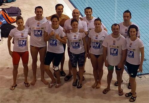 Siete puestos de honor en la liga master de nataci n for Piscina valdesanchuela