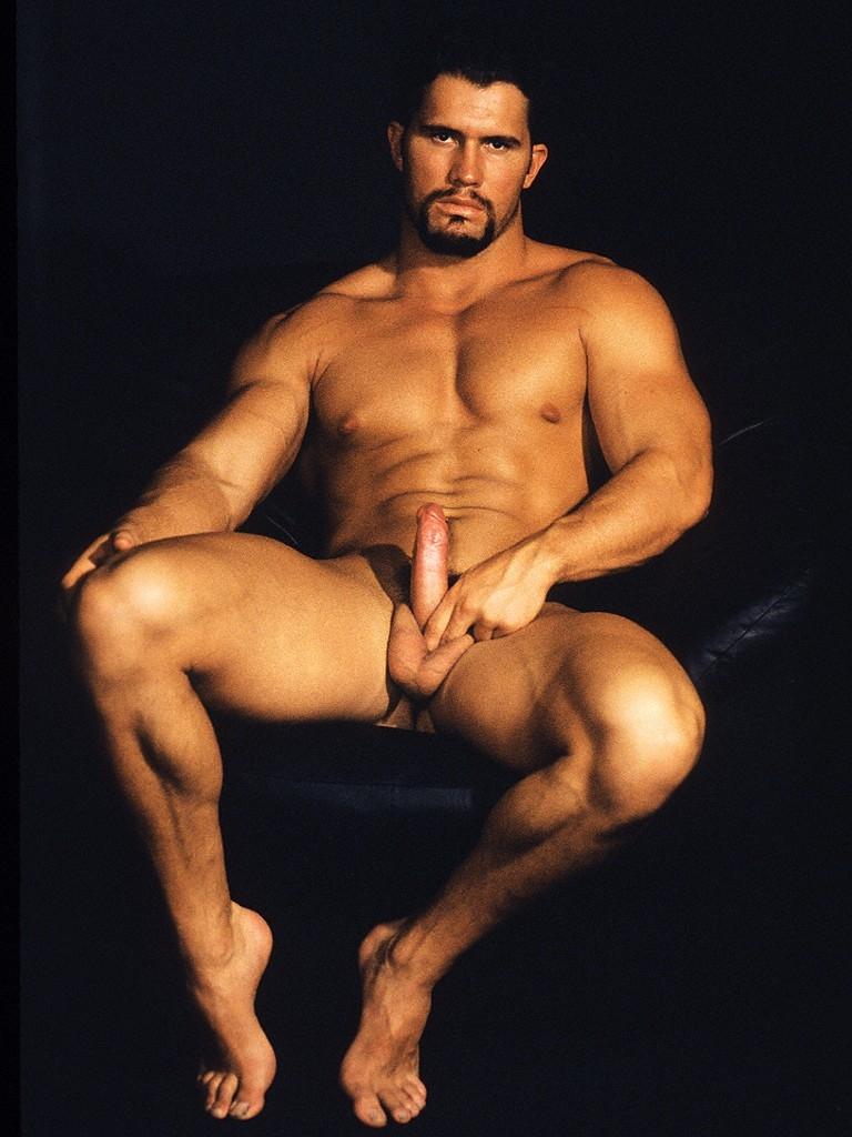 Nude Male Bodybuilders