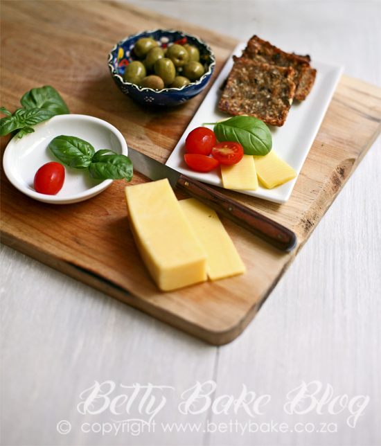 gluten free crackers, quinoa, betty bake, cheese board, lunch box ideas,