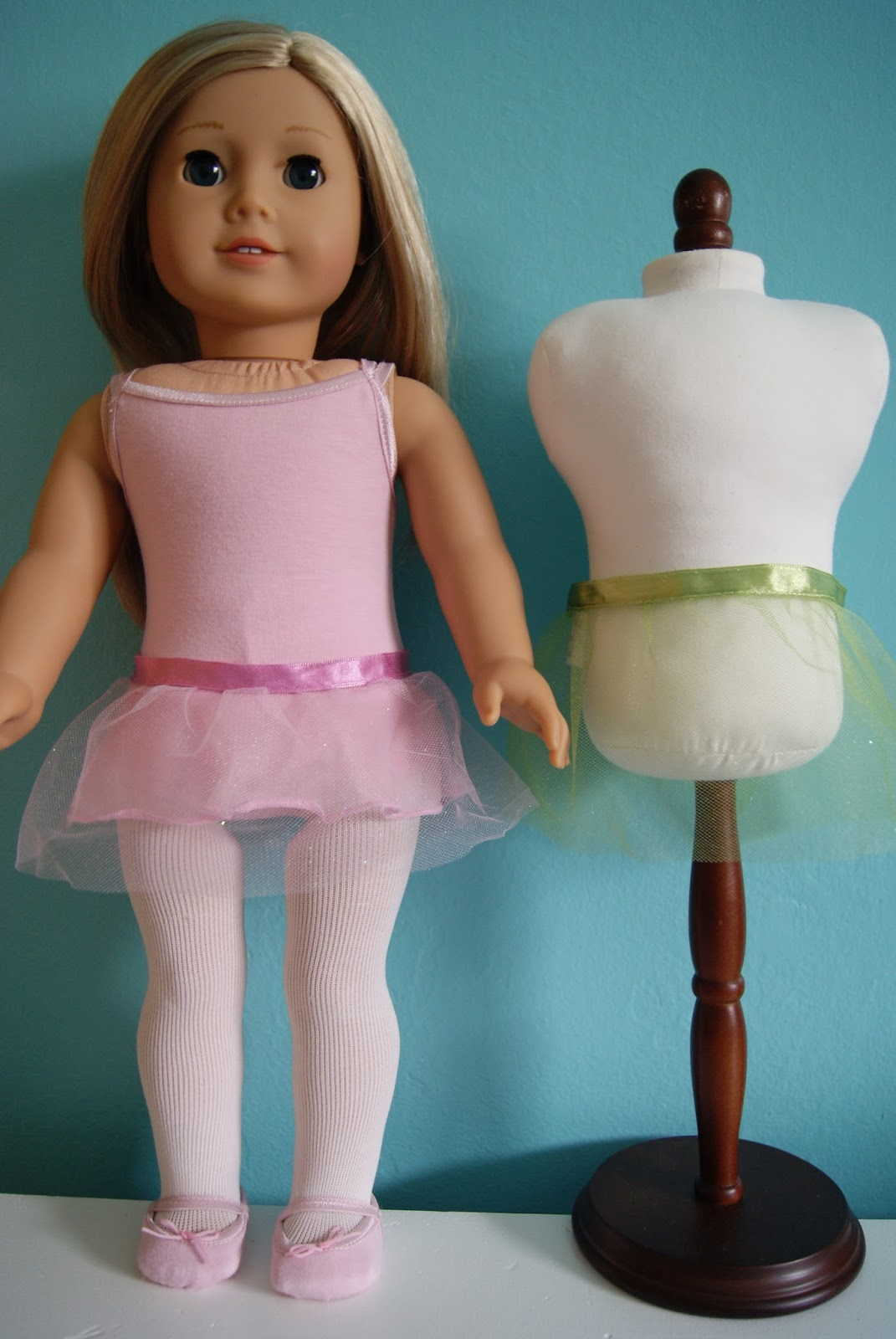 No-sew tutu for 18-inch doll by nest full of eggs