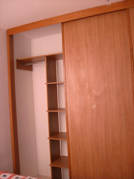 Carpinter a sotero closet y armarios for Closet en escaleras