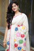 Simran Choudhary Gorgeous pics at Trisha Pre Launch Fashion show-thumbnail-18