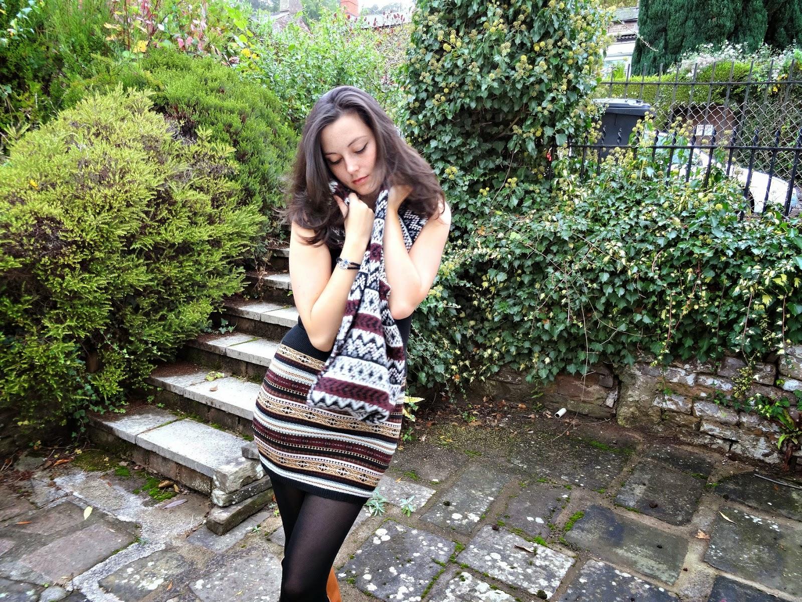 Autumn fashion skirts and scarfs
