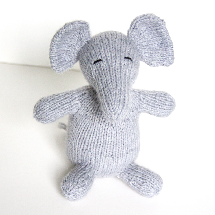 Large Elephant Knitting Pattern : Show and Tell Meg: Knitting Update: My Wee Ones Knitted Elephant
