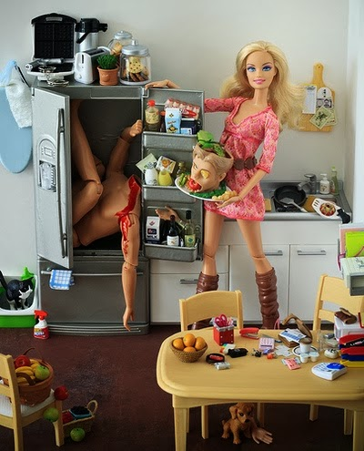 Funny Cannibal Barbie - Ken in the fridge, head on a platter