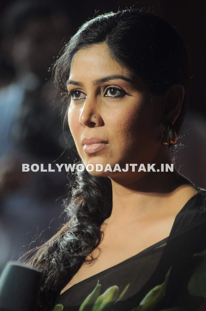 sakshi Tanwar in Saree - Hot Sakshi Tanwar at the the Big Star Young Entertainer Awards