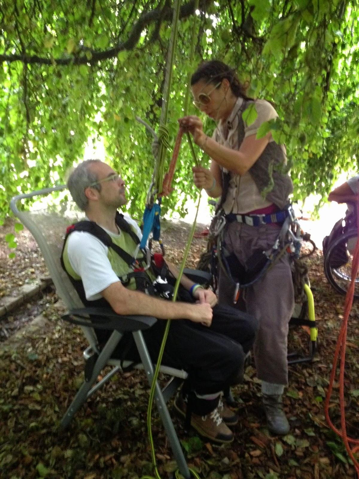 EASI Grenoble grimpe dans les arbres