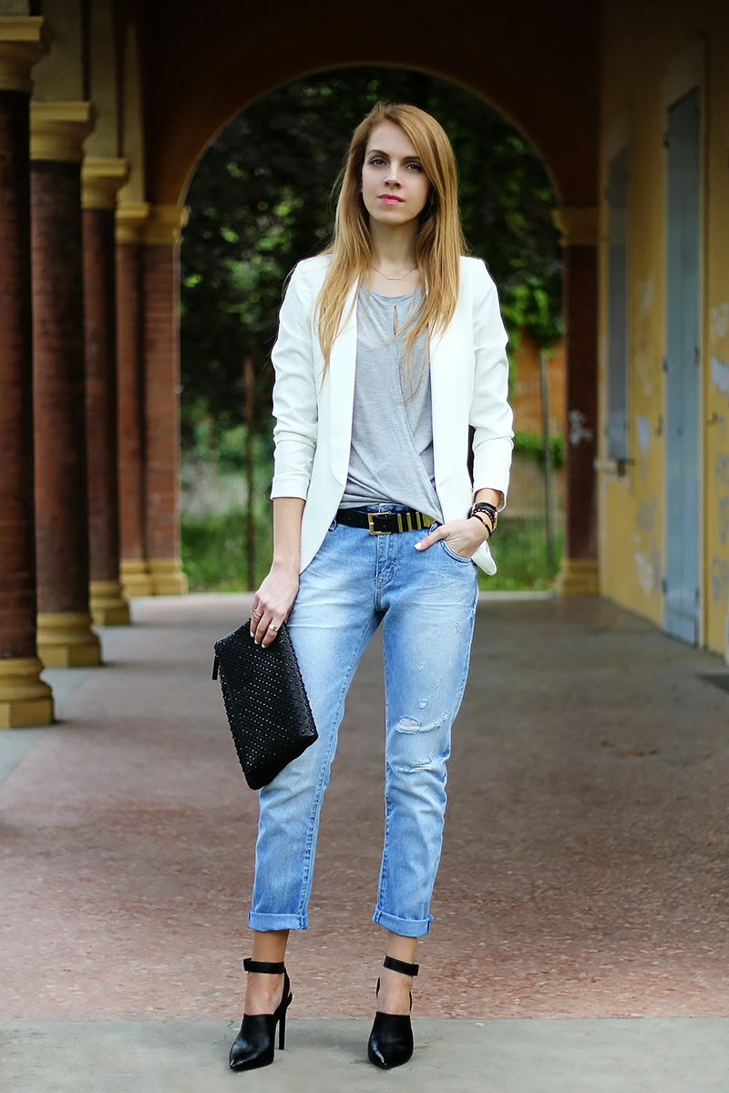 distressed Zara boyfriend jeans, white blazer, studded clutch, Daniel Wellington watch