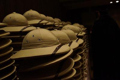 pith helmets for 340 dinner guests - event design by objet bart