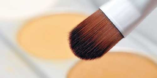 base de maquillaje para tener un rostro de terciopelo
