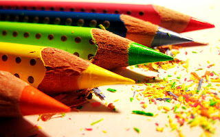 Color Pencils and Dusts HD Wallpaper