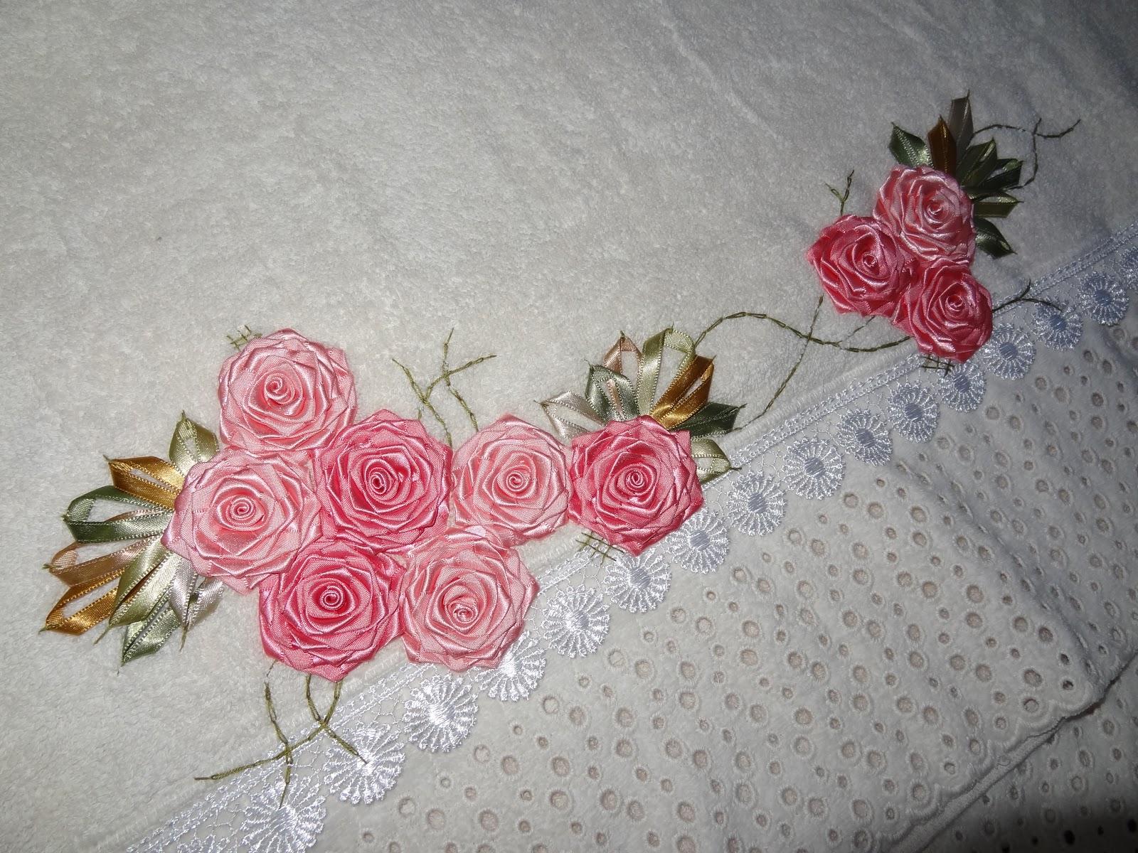 Armarinho Fernando Tatuape ~ LOY HANDCRAFTS, TOWELS EMBROYDERED WITH SATIN RIBBON ROSES Conjunto de toalhas
