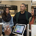 Obama takes his daughters 'book shopping' (SEE PHOTO)