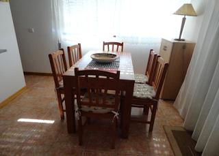 Nazaré - Alugo apartamento T2 - sala