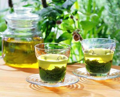 xóa xăm với trà xanh