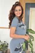 Seerath kapoor latest glam pics-thumbnail-18