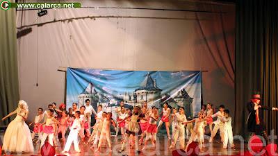 Alicia en el país de las maravillas - Grupo de danzas Casa de la Cultura de Calarcá.