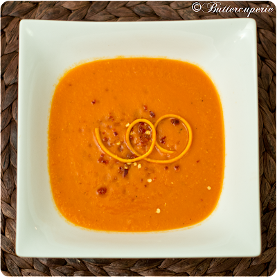 Tomaten-Linsensuppe