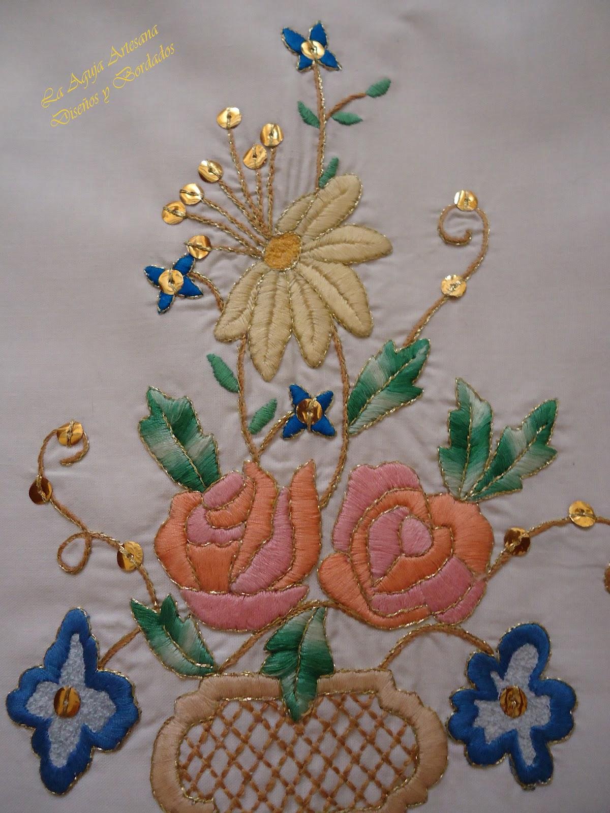La aguja artesana bordados en oro bordados a m quina for Disenos para bordar