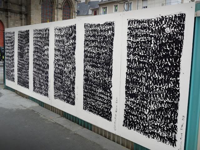 """Peintures murales sur le palissade ouest - En face des """"Petits papiers"""" - 29 Mai 2015 - Pierre Bessous « Prières » - 2015 - 02"""